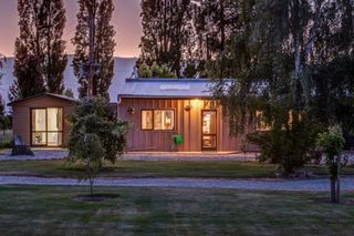 Vineyard Barn House, Alexandra #1505 From $300.00 per night: 4 night minimum stay