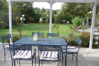 HISTORICAL BUNGALOW RIGHT IN MAGICAL MATAKANA VILLAGE #1362: From $150.00 per night