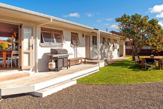 Whiti Harbour Haven, Catherine Crescent, Whitianga (Bachcare) From $160.00 per night