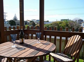 Retro Papamoa (Bachcare) Papamoa Beach Road, Papamoa: From $110.00 per night