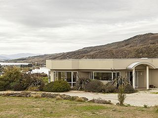 Cornish Points Heights (Bachcare) Cornish Point Road, Cromwell: From $250.00  per night - 2 night minimum stay