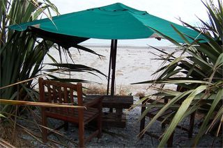 Whitebait Cottage, 287A STATE HIGHWAY 6, HOKITIKA #1365: From $110.00 per night