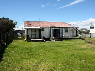 The Fox House (Bachcare) Shortt Street, Loxton Beach: From $210.00 per night - 2 night minimum stay