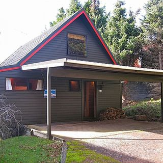 Snow Chalet, Park Avenue, Ohakune (Bachcare):From $150.00 per night