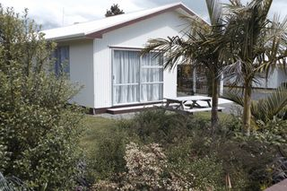 Nikau Apartments, Russell Unit 4 #1285 From $85.00 per night