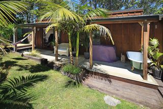 Adams Accommodation, 16 Surfdale Rd, Waiheke Island#1427: From $100.00 per night