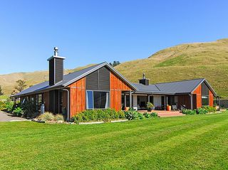 Millhills Estate, Mutiny Road, Havelock North (Bachcare) From $395.00 per night