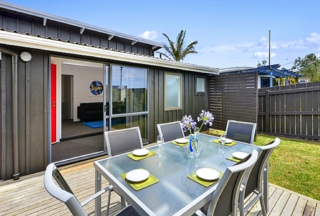 Vipond Vista, Viponds Road, Stanmore Bay, Whangaparaoa Peninsula (Bachcare) From $170.00 per night