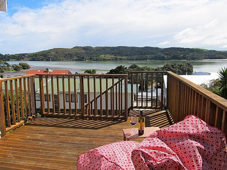 Relax at Raglan, Raglan Rose Street, Raglan (Bachcare): 2 night minimum stay