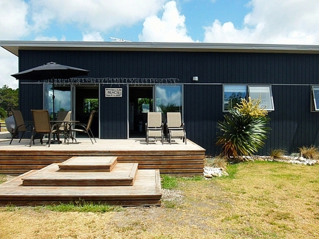Harbour Haven (Bachcare) Harbour Drive, Matarangi: 2 night minimum stay