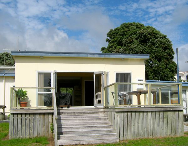 Lovely Beach Bach (Bachcare) Shaw Road, Waihi