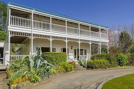 Marama Lodge, Kaimarama Road, Whitianga (Bachcare) From $285-$415 per night