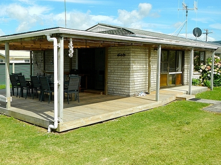 Otto Bach (Bachcare) Otto Road, Waihi Beach: From $125.00 - $255.00 per night