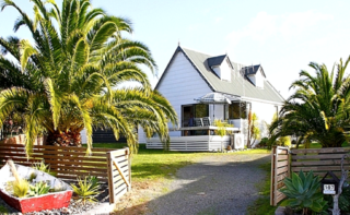 Bliss on Blane (Bachcare) Blane Place, Whangamata: From $180.00 - $390.00 per night