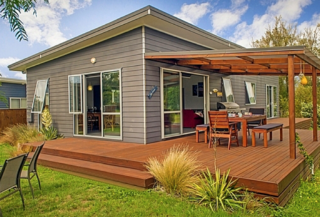 Serene on Sea Breeze, Sea Breeze Lane, Whangamata (Bachcare) From $195.00 - $350.00 per night