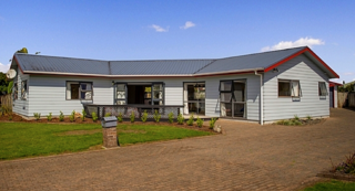Whitianga Central, Cholmondeley Crescent, Whitianga (Bachcare)
