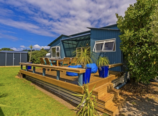Bahama Blue, Matarangi Drive, Matarangi (Bachcare) From $175-$340 per night