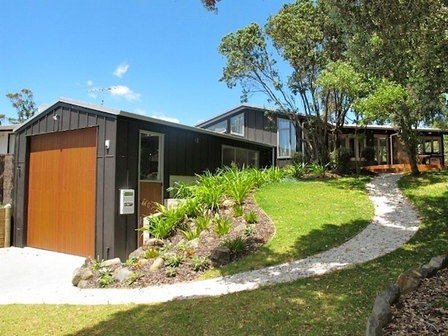 Tangiora Haven (Bachcare) Tangiora Avenue, Whangapoua:  3 night minimum stay