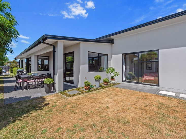 Villa Grey, Franks Way, Papamoa (Bachcare)