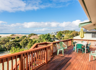 Wine Downtime  (Bachcare) Cheviot Street, Mangawhai Head: From $175.00 - $335.00 per night