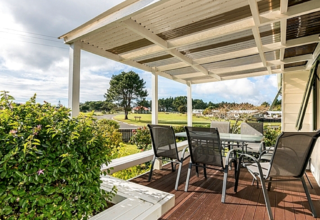 Beach Life, Tamure Place, Ruakaka, Bream Bay (Bachcare) From $155.00 per night