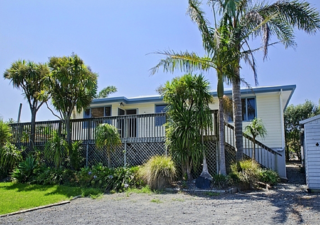 Magical Mangawhai, Mangawhai Heads Road, Mangawhai Heads (Bachcare) From $150.00 - $365.00 per night