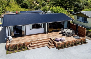 Pour d Vino, Cove Road, Waipu Cove, Bream Bay (Bachcare) From $260-$530 per night