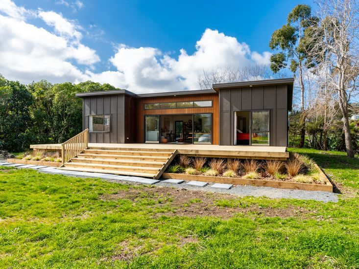 Matapouri Beach Family Haven, Morrison Road, Matapouri, Tutukaka Coast (Bachcare)