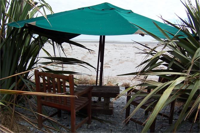 Whitebait Cottage, 287A STATE HIGHWAY 6, HOKITIKA #1365: From $145.00 per night