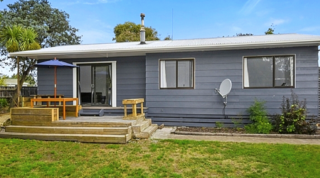 Oasis Marinborough, Naples Street, Martinborough (Bachcare) From $160.00 per night