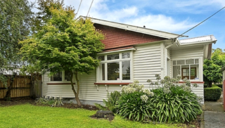 River Cottage, Richardson Terrace, Christchurch (Bachcare) From $160.00 - $235.00 per night