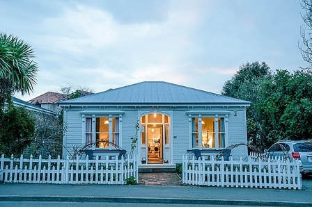 The Villa Akaroa, Rue Jolie , Akaroa, Banks Peninsula (Bachcare) From $410-$560 per night