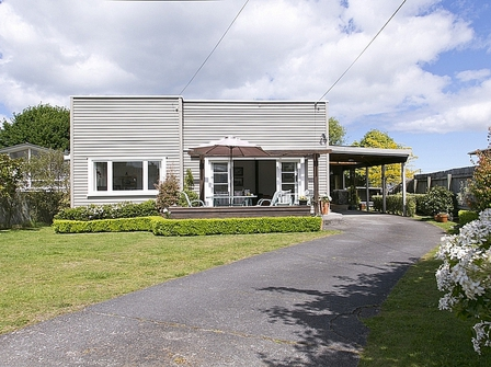 Art Deco on Koha (Bachcare) Koha Road, Taupo Central: From $150.00 - $325.00 per night - 2 night minimum stay