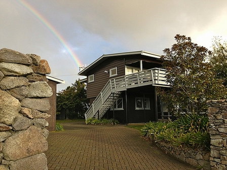 Wharewaka Views, Pokaka Cres, Wharewaka (Bachcare): From $170.00 per night