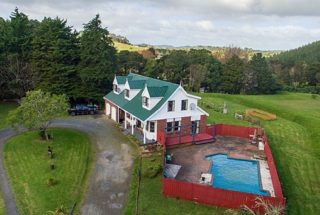 Poolside Haven, Te Ahu Ahu Road, Paihia (Bachcare) From $255.00 - $485.00 per night