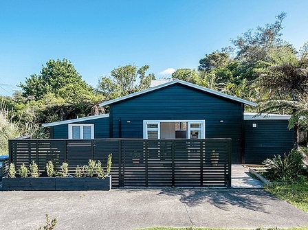 Waiata Palms (Bachcare) Waiata Road, Onetangi: 2 night minimum stay