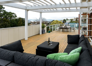 Beauty on Bluff, Cobden Road, Napier (Bachcare) From 315.00 - $535.00 per night