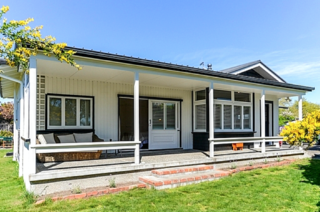 Dan's Place (Bachcare) Muritai Crescent, Havelock North: From $20.00 - $390.00 per night
