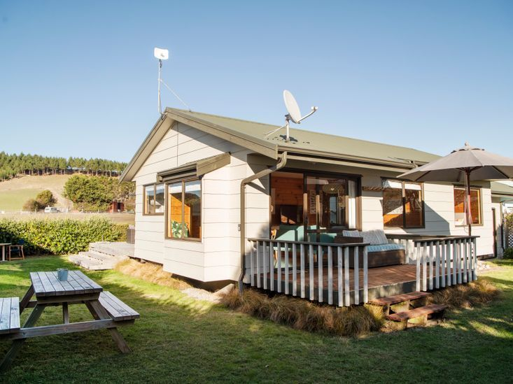 Timeout Cottage, Harper Road, Waimarama, Hastings (Bachcare)