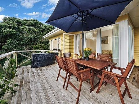 Sophie's Choice, Cable Bay, Auckland #1505: From $325.00 per night: Two night minimum stay